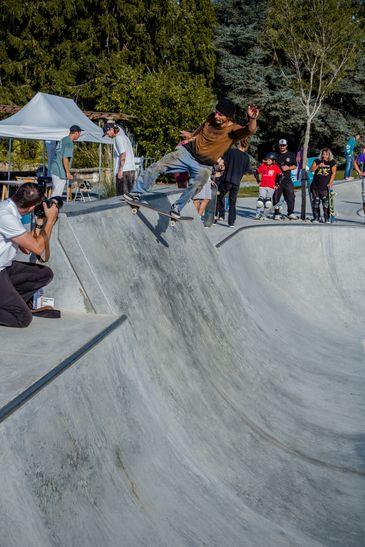Hugo Liard Tail slide Skatepark Evian